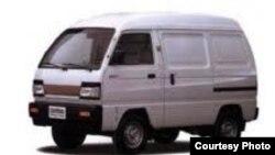 Damas minivan
