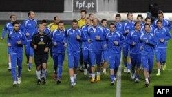 Фудбалерите на БиХ за време на тренинг пред натпреварот со Португалија