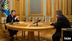 Президент Украины Петр Порошенко встречается с бизнесменом Игорем Коломойским 25 марта 2015