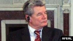 იოახიმ გაუკი თბილისში, 2007 წლის 10 მარტი.