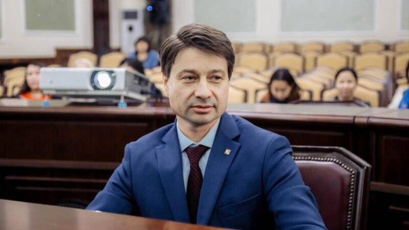 С выборов мэра Якутска сняли прямого конкурента единоросса