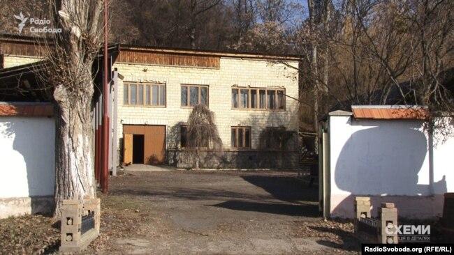 Будівля винного підвалу, яким володіє Гоар Габрелян