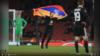 Arsenal-Qarabağ matçında meydançaya qollarının arasında Qarabağ separatçı rejiminin bayrağını geniş açan bir nəfər müdaxilə edib