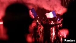 Молодые сторонники Manif pour Tous на парижских улицах