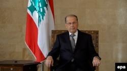 بر اساس یک رسم قدیمی، رئیس جمهور لبنان باید مسیحی، نخست وزیر سنی و رئیس مجلس شیعه باشد.