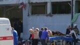 Rusiye qurtarıcıları Keriçte patlavdan zarar körgenlerge yardım ete