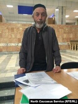 Руководитель инициативной группы ирганайцев Магомед Алигаджиев