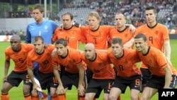 Фудбалската репрезентација на Холандија