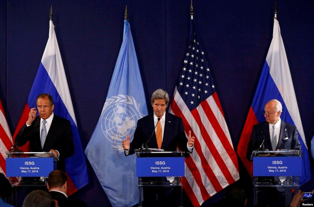 Лавров: РФ беспокоит задержка ссозывом межсирийских переговоров