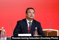 Серик Конакбаев на конгрессе AIBA. Москва, 2 ноября 2018 года. (Фото пресс-службы Федерации бокса России).