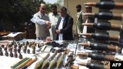 Пакистанские службы безопасности периодически обнаруживают крупные склады оружия возле границы с Афганистаном