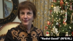 Ambasadorja amerikane në Taxhikistan, Susan Elliott