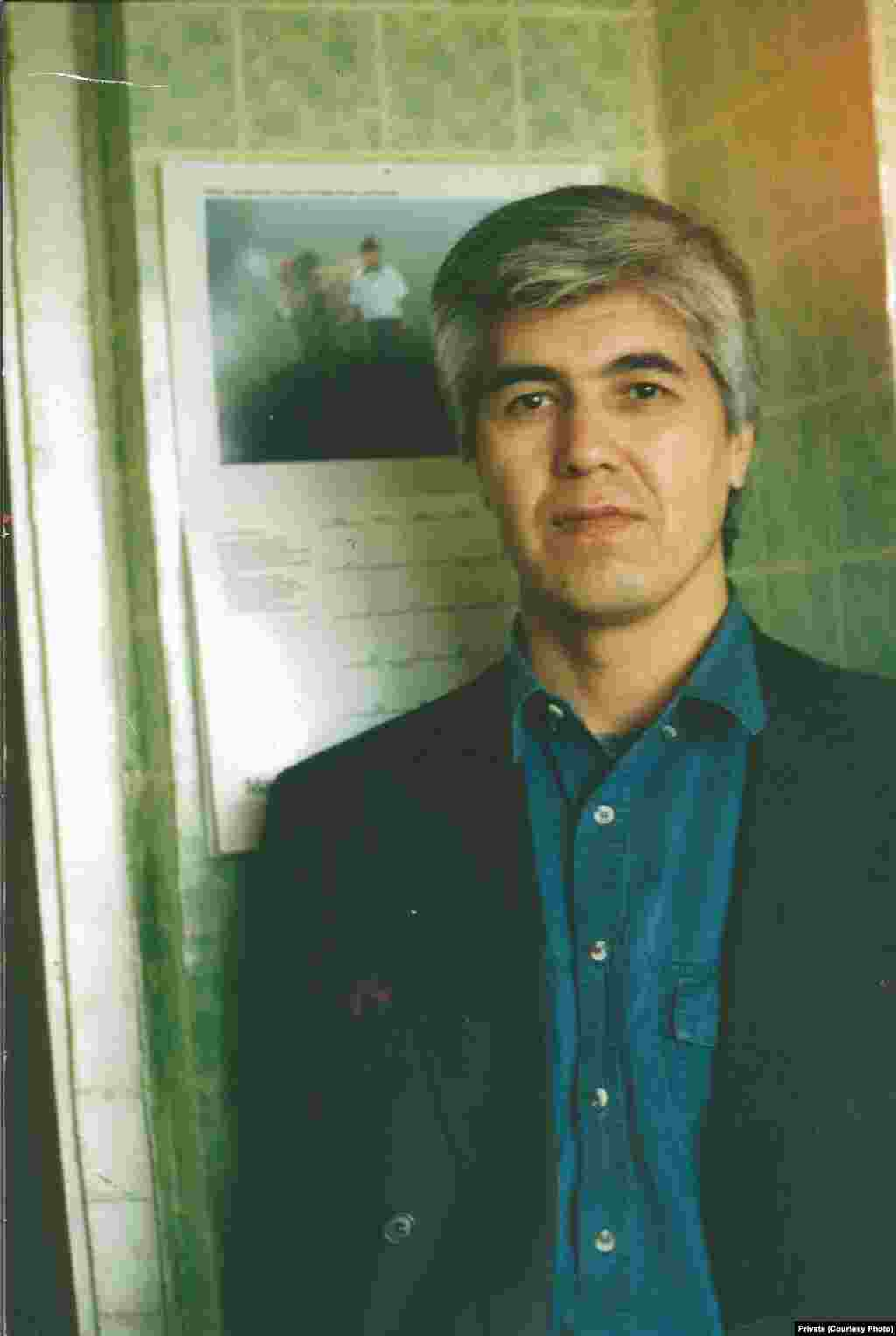 According to the Committee to Protect Journalists, Muhammad Bekjanov (seen here in his Kyiv apartment circa 1998) and a colleague, Yusuf Ruzimuradov, both of whom were jailed in 1999, have been in prison for longer than any other journalists worldwide.