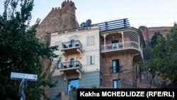 ერთ-ერთი სასტუმრო თბილისში