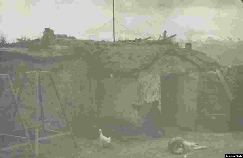Дом гидрометеоролога в Cуусамыре. Середина прошлого столетия.