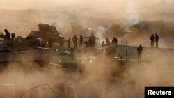 Іракські військові на місці розташування своїх сил неподалік Мосула, 26 лютого 2017 року