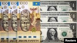 Банкноты номиналом тысяча тенге и один доллар.