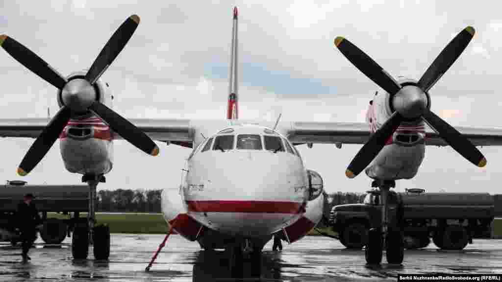 Із 2008 року 4 літаки АН-32П входять до складу Спеціального авіаційного загону ДСНС України