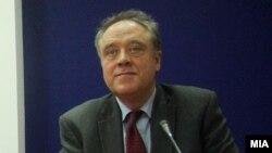 Европратеникот Ричард Ховит