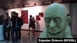 Detalj sa izložbe učeničkih radova u galeriji Collegium Artisticum, 6. maj 2015.