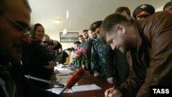 Президент Чечни голосует