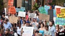 Демонстрация против полицейского произвола в Вашингтоне (9 июля 2016 года)