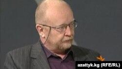 Мәскеудегі Карнеги орталығының зерттеушісі, саясаттанушы Алексей Малашенко. Мәскеу, 8 ақпан 2010 жыл.
