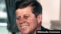 Жон Кеннеди, Ак Үй, Вашингтон, 1963-жылдын 11-июлу.