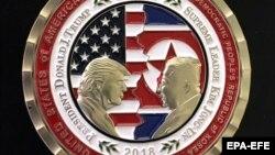 медалјон за самитот меѓу претседателот на САД Доналд Трамп и лидерот на Северна Кореја Ким Џонг Ун