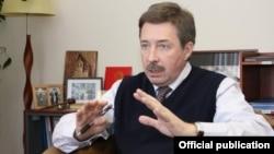 Александр Аванесов.