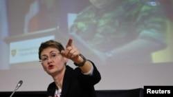 Oana Lungescu, actualul purtător de cuvânt al NATO