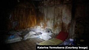 Подвал СБУ в Славянске, где сепаратисты держали заключенных