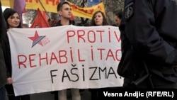 Sa jednog od protesta tokom sudskog procesa o rehabilitaciji Milana Nedića