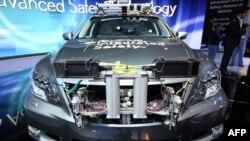 Автомобиль с установленным оборудованием для беспилотной езды