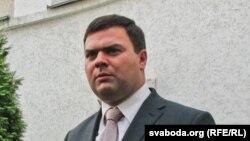 Тарас Надольны