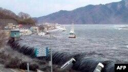 Тоді і тепер: рік після цунамі в Японії