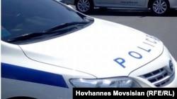 Ոստիկանության ավտոմեքենաները փակել են Երևանի փողոցներից մեկը, արխիվ