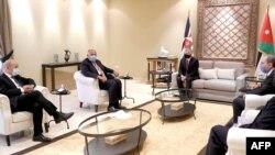 وزیران خارجه فرانسه، مصر و اردن در دیدار با پادشاه اردن. سوم مهر