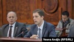 Marko Gjuriq, gjatë takimit të parë të grupit punues për dialogun e brendshëm të Serbisë për Kosovën