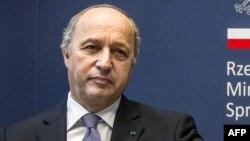 Франция сыртқы істер министрі Лоран Фабиус. 26 шілде 2012 жыл.