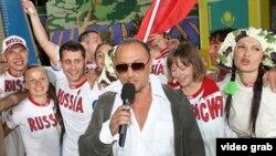 Русия алып баручысы Дмитрий Нагиев Русия такымының җиңүен игълан итә