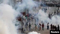 Policia ka përdorë gaz lotsjellës për t'i shpërndarë protestuesit e krishterë në Lahore