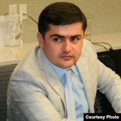 Иршод Сулаймонӣ, рӯзноманигори тоҷик.