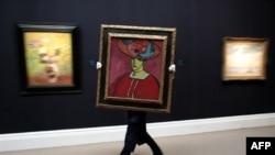 Картина Алексея фон Явленского — Schokko mit Tellerhut, 1910 год — была продана за 18 миллионов 600 тысяч долларов