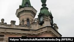Палац на вулиці Драгоманова