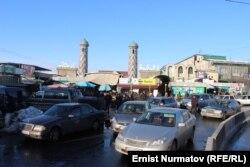 Рынок Узгена.