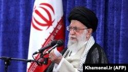 Эрон Олий руҳонийси оятуллоҳ Али Хаменеи.