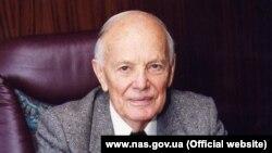 Президент НАН України Борис Патон помер 19 серпня у віці 101 року