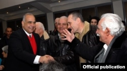 Armenia - Opposition leader Raffi Hovannisian greets supporters after delivering a speech in Yerevan, 18Feb2014.