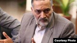 از جمله سوابق مهدی هاشمی میتوان به ریاست کمیسیون عمران مجلس نهم و ریاست نظام مهندسی ساختمان ایران اشاره کرد.